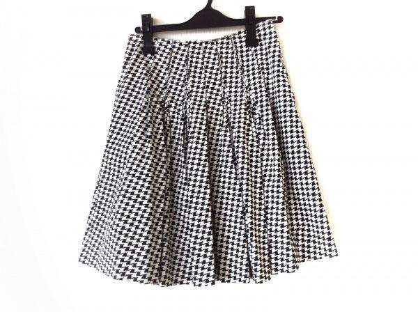エルマノシェルビーノ スカート サイズ40 M レディース美品  白×黒 千鳥格子