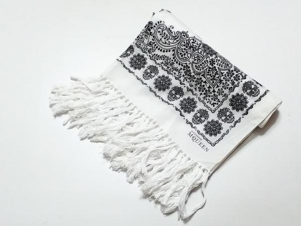 アレキサンダーマックイーン ストール(ショール) 白×ダークグレー スカル/フラワー