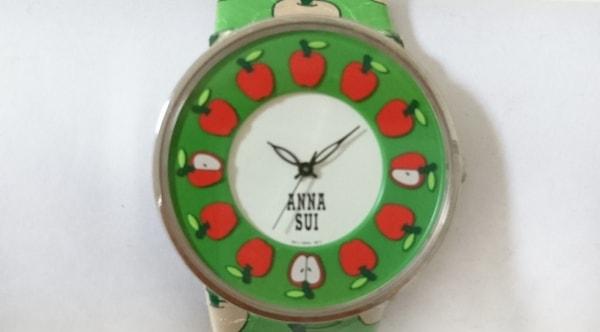 ANNA SUI(アナスイ) 腕時計 1N01-0BR0 レディース アップル グリーン×レッド
