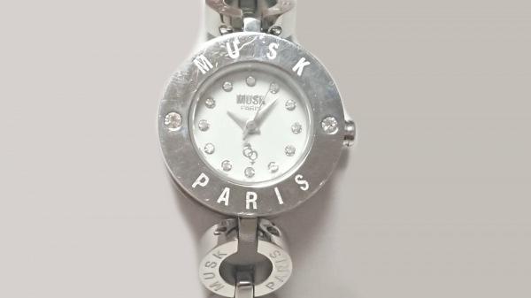 MUSK(ムスク) 腕時計美品  MT-1158 レディース 白