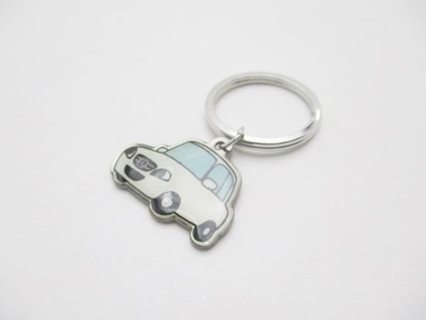 メルセデスベンツ キーホルダー(チャーム) シルバー×白×黒×マルチ 車 金属素材