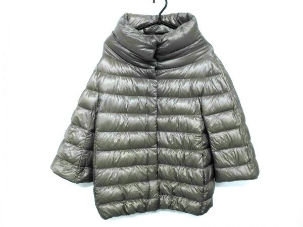 HERNO(ヘルノ) ダウンジャケット サイズ40 M レディース美品  PI0043D ベージュ 冬物