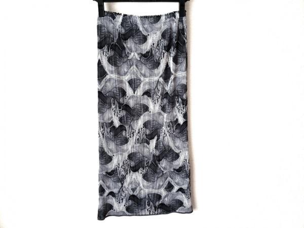 ISSEYMIYAKE(イッセイミヤケ) ロングスカート サイズ2 M レディース グレー×黒×白