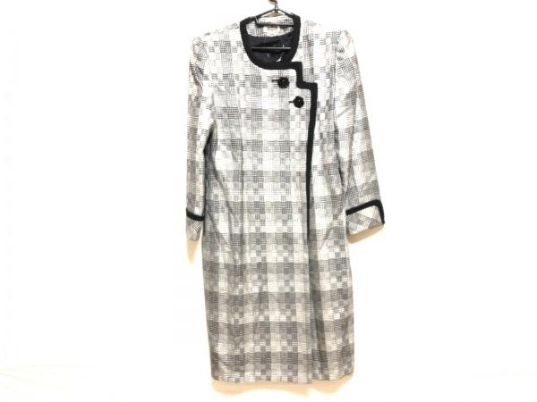 REGENCE(レジアンス) コート サイズ40 M レディース 白×黒 春・秋物/肩パッド