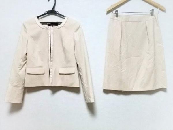 ReFLEcT(リフレクト) スカートスーツ サイズ9 M レディース ベージュ