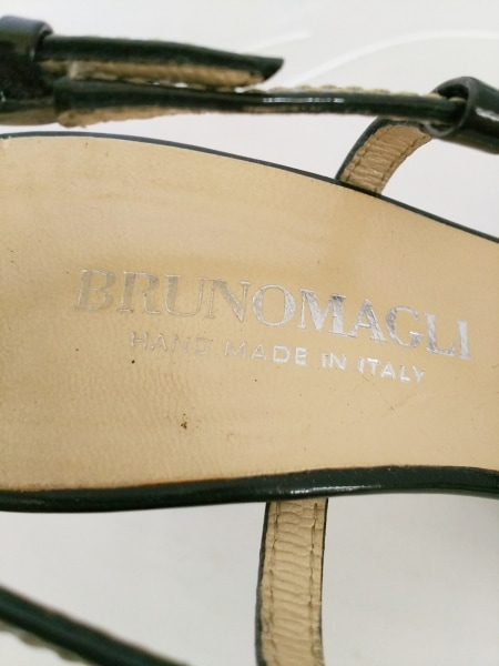 BRUNOMAGLI(ブルーノマリ) サンダル 37 1/2 レディース 黒 エナメル(レザー)