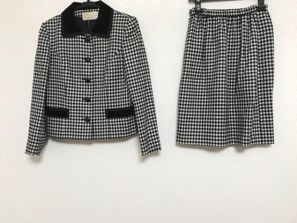 lapine blanche(ラピーヌブランシュ) スカートスーツ サイズ9 M レディース 黒×白