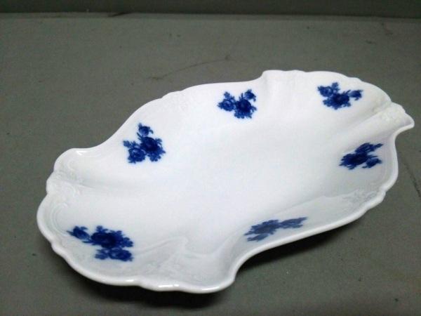 HUTSCHENREUTHER(フッチェンロイター) プレート新品同様  白×ネイビー フラワー 陶器