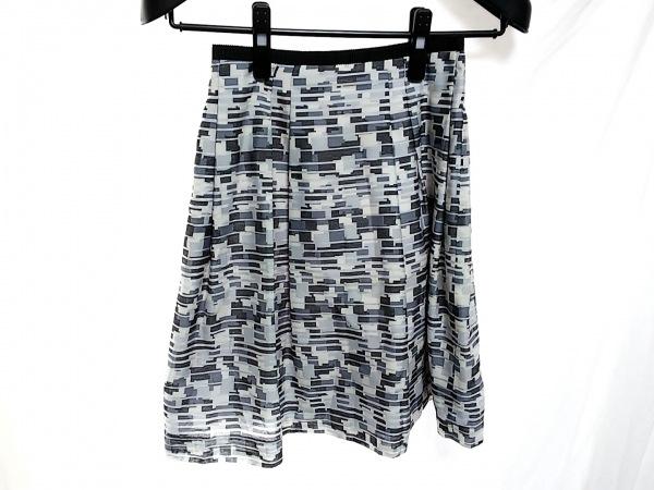 23区(ニジュウサンク) スカート サイズ32 XS レディース 白×グレー×黒