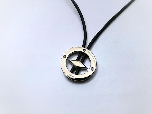 bliss(ブリス) チョーカー美品  金属素材×ラバー シルバー×黒 3Pダイヤ