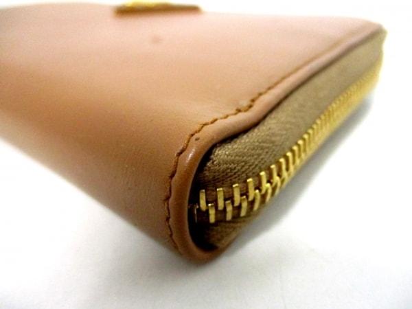 PRADA(プラダ) 長財布美品  - ブラウン ラウンドファスナー レザー