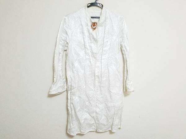エルマノシェルビーノ コート サイズ42 L レディース 白×ブラウン 春・秋物