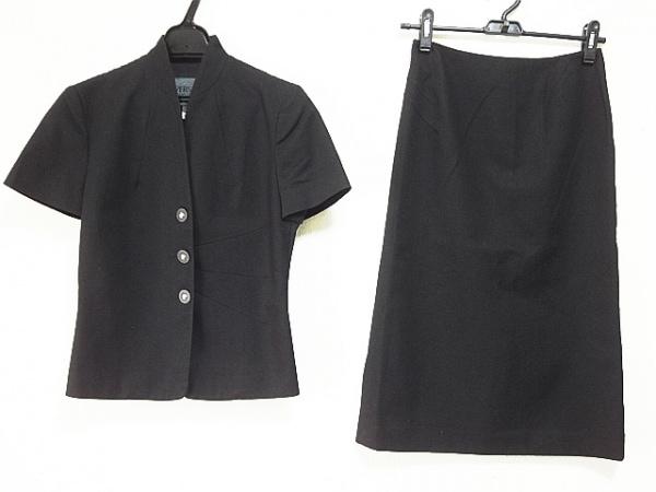 ヴェルサーチジーンズ スカートスーツ サイズ24/38 レディース 黒