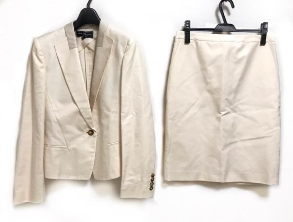 サルバトーレフェラガモ スカートスーツ サイズ44 L レディース美品  ライトベージュ