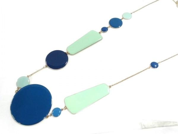 レネレイド ネックレス美品  金属素材 ブルー×ライトグリーン×ゴールド