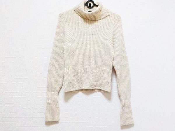 ジャンフランコフェレ 長袖セーター サイズ38 S レディース美品  アイボリー