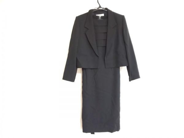 pierre cardin(ピエールカルダン) ワンピーススーツ サイズ9 M レディース美品  黒