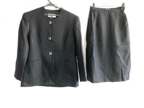 SOIR PERLE(ソワール ペルル) スカートスーツ サイズ9 M レディース 黒