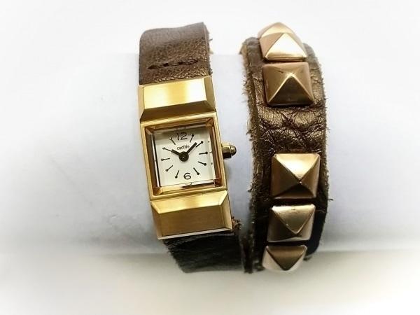 carlife(カーライフ) 腕時計美品  - レディース 革ベルト/スタッズ アイボリー