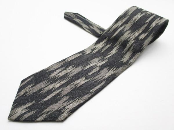 ISSEYMIYAKE(イッセイミヤケ) ネクタイ メンズ美品  黒×グレー