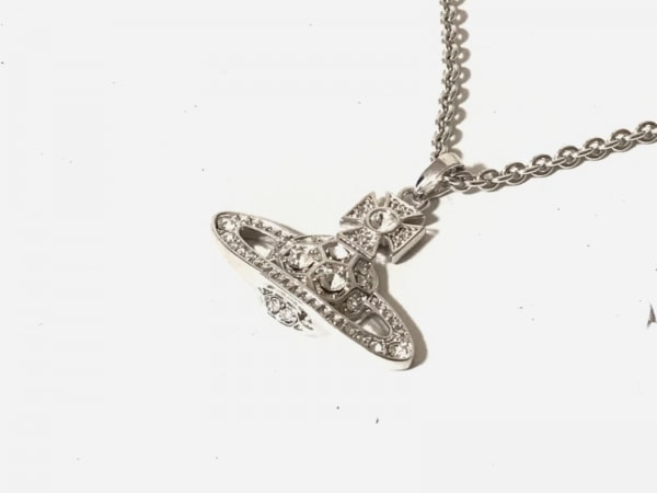 ヴィヴィアンウエストウッド ネックレス美品  金属素材×ラインストーン オーブ