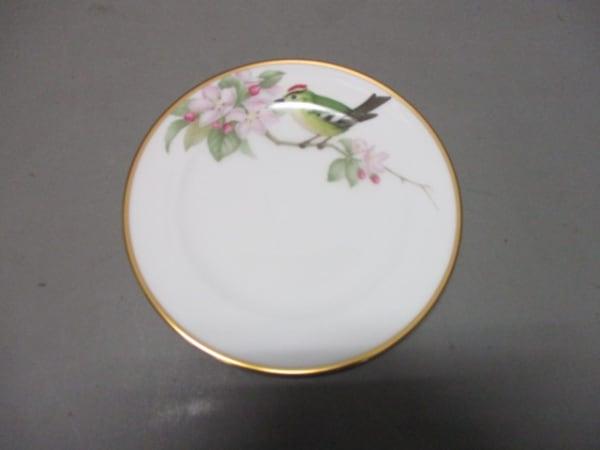 okura china(大倉陶園)(オオクラチャイナ) プレート新品同様  白×マルチ 陶器