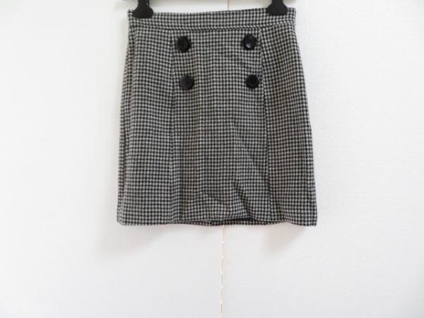 QUEENS COURT(クイーンズコート) スカート サイズ2 M レディース美品  白×黒