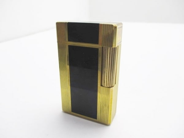 Dupont(デュポン) ライター ゴールド×黒 ネーム 金属素材