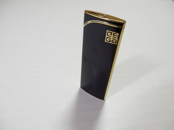 GIVENCHY(ジバンシー) ライター ゴールド 着火確認できず 金属素材