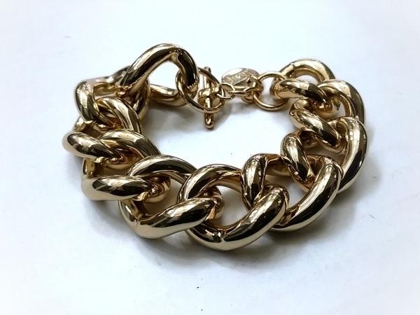 ワンエーアールバイウノアエレ ブレスレット美品  金属素材 ゴールド