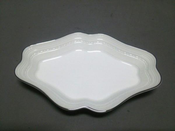 WEDG WOOD(ウェッジウッド) プレート新品同様  INTAGLIO 白 陶器