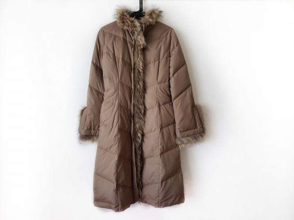 ベアトリス ダウンコート サイズ38 M レディース美品  ベージュ 冬物/ラクーンファー