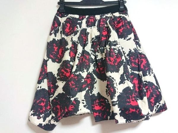 eggs(エッグス) スカート サイズ38 M レディース アイボリー×黒×レッド