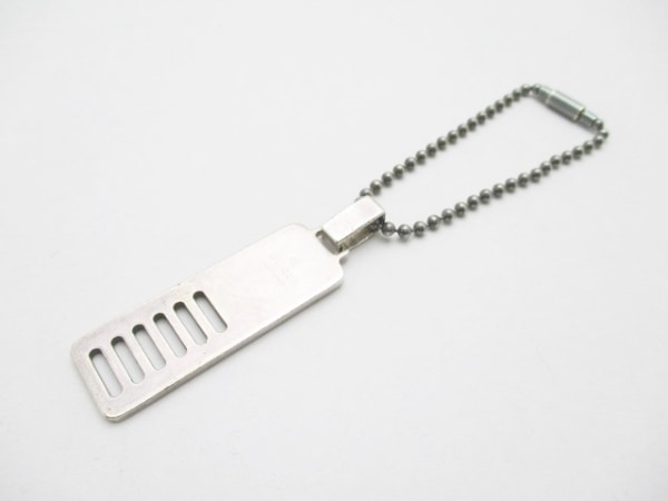 GUCCI(グッチ) キーホルダー(チャーム) - シルバー 金属素材