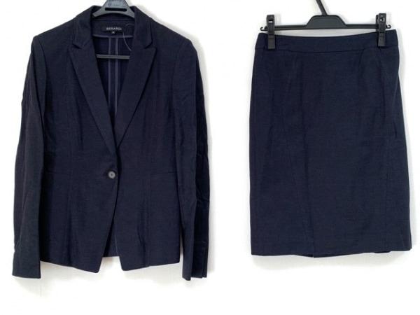 BERARDI(ベラルディ) スカートスーツ サイズ4 XL レディース美品  黒