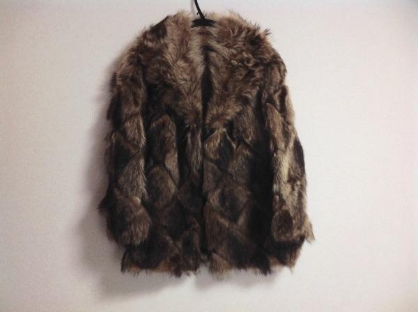 EMBA(エンバ) コート レディース ダークブラウン×アイボリー 冬物/ラクーンファー