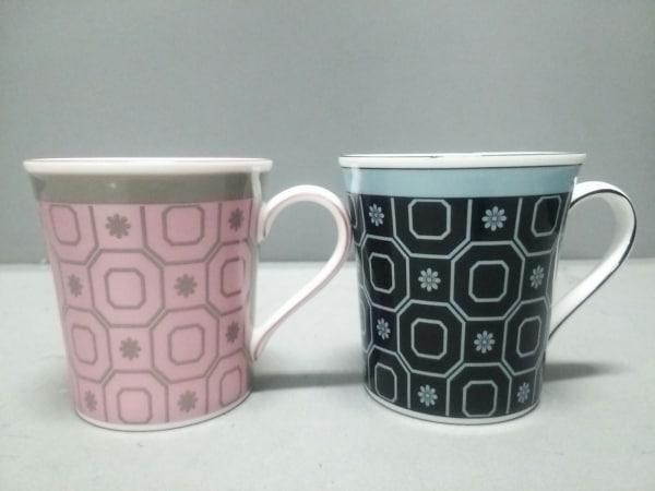 ウェッジウッド マグカップ新品同様  PALLADIO 黒×ピンク×マルチ 2個セット 陶器