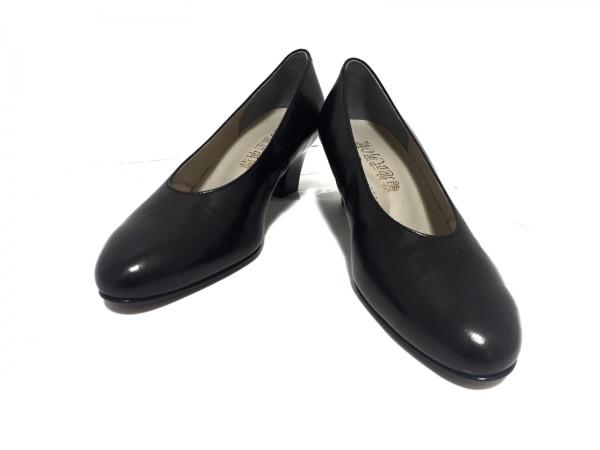 菊地武男の靴(キクチタケオノクツ) パンプス 22 1/2 レディース美品  黒 レザー