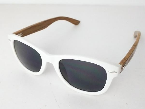 ABISTE(アビステ) サングラス 黒×白×ブラウン プラスチック×ウッド