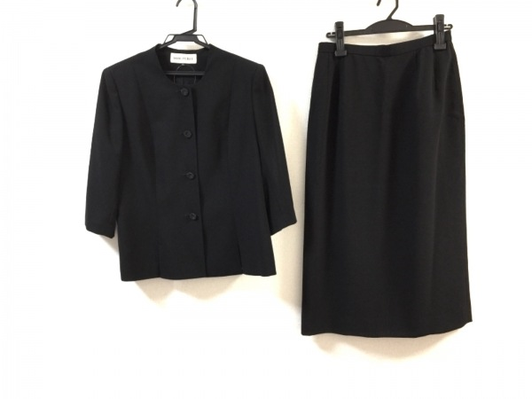 SOIR PERLE(ソワール ペルル) スカートスーツ サイズ11 M レディース美品  黒