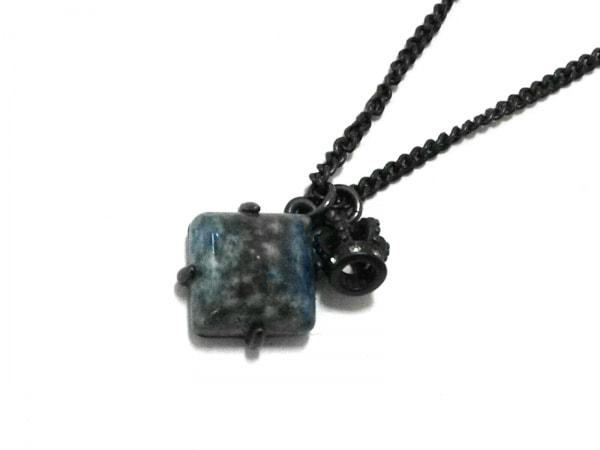 ジューシークチュール ネックレス美品  金属素材×カラーストーン ラインストーン
