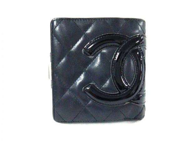 シャネル 2つ折り財布 カンボンライン 黒 がま口 ラムスキン×エナメル(レザー)