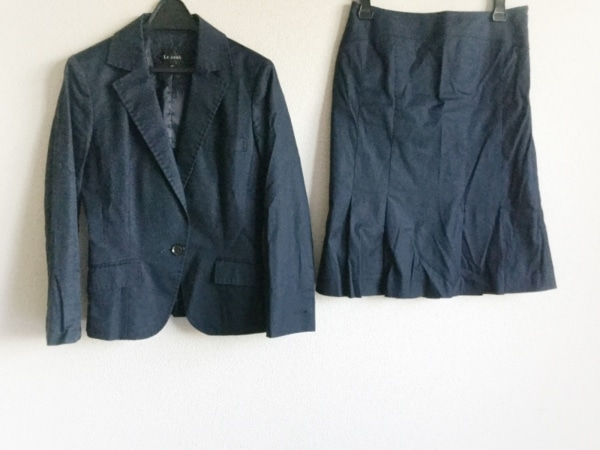 Le souk(ルスーク) スカートスーツ サイズ38 M レディース美品  ダークネイビー