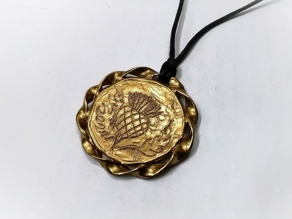 イヴサンローラン ネックレス美品  金属素材×化学繊維 ゴールド×黒
