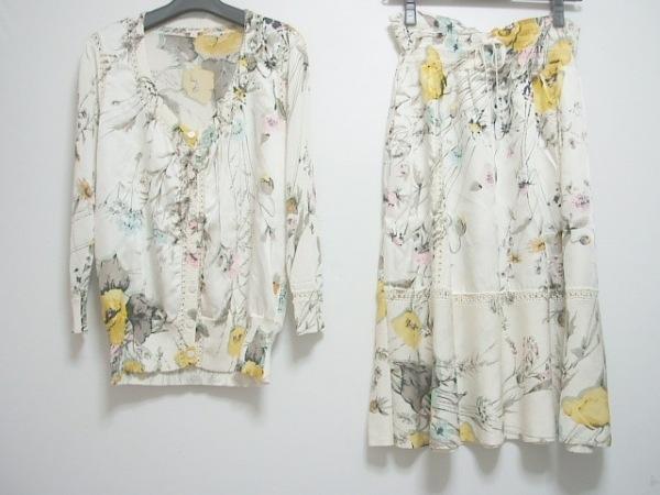 KENZO(ケンゾー) スカートセットアップ レディース アイボリー×マルチ 花柄