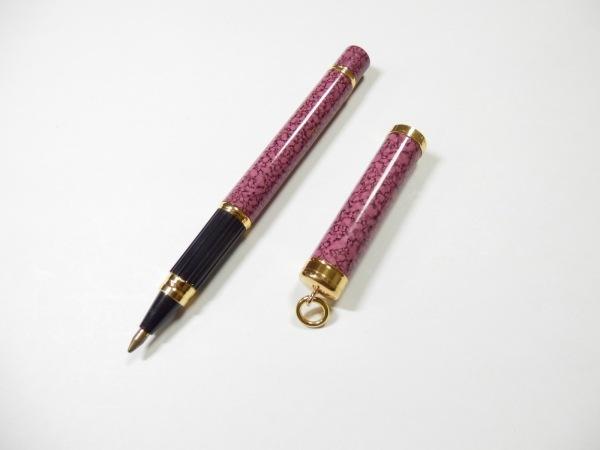 WATERMAN(ウォーターマン) ボールペン美品  ピンク×黒×ゴールド インクなし