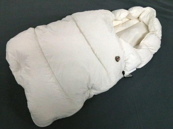 MONCLER(モンクレール) 小物 68cm美品  白 おくるみ/スリーパー/ベビー用品