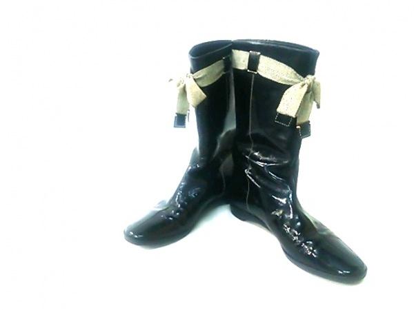 miumiu(ミュウミュウ) ブーツ 36 1/2 レディース 黒 リボン エナメル(レザー)