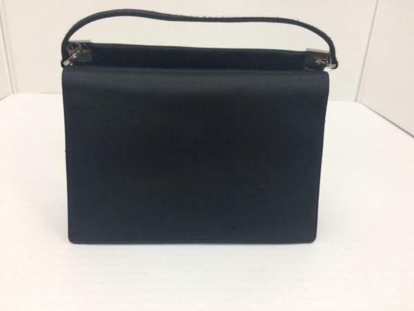 サルバトーレフェラガモ ハンドバッグ美品  - 黒 ミニサイズ サテン