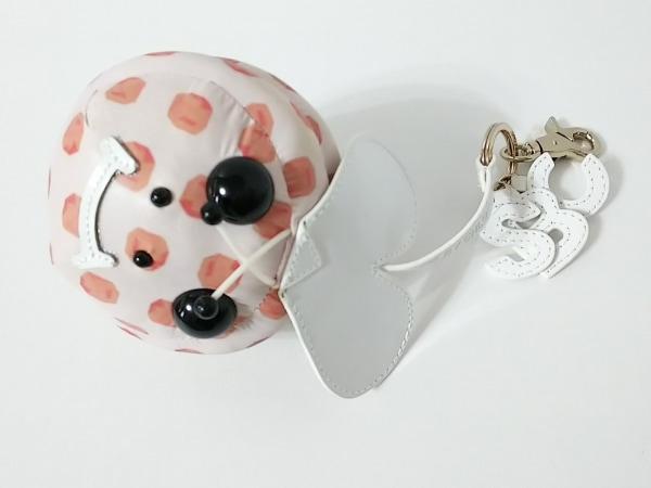 シーバイクロエ キーホルダー(チャーム) 9K7112-N114 ピンク×白×マルチ